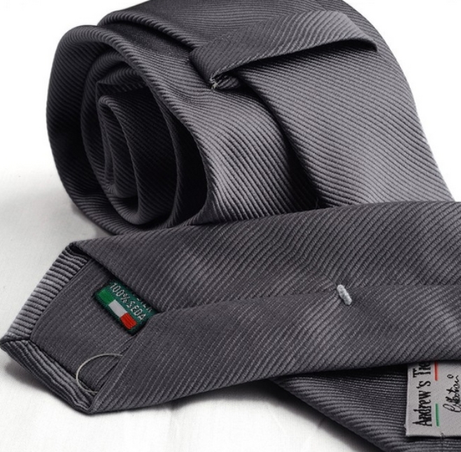 Cravatta grigia Andrew's Ties