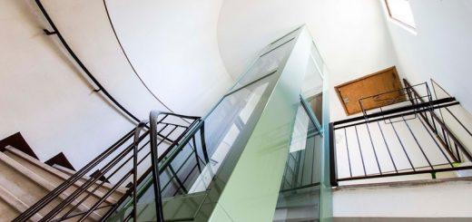 Piattaforma elevatrice costruita da Reggiana Ascensori