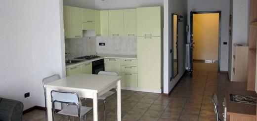 Angolo cucina di appartamento delle Residenze del Campus